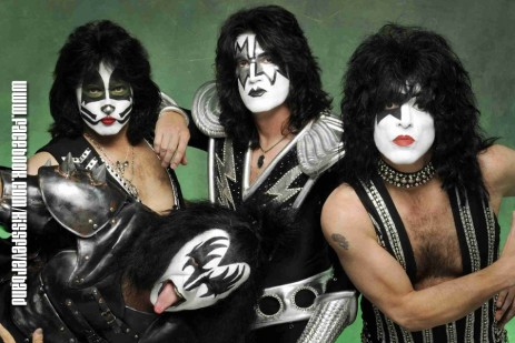 Kiss Fever Band